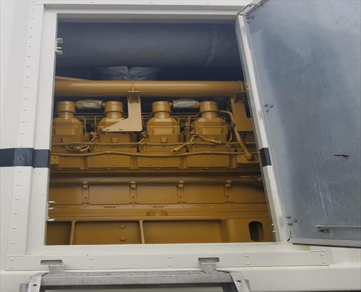 1999 Caterpillar XQ2000 Generator Set