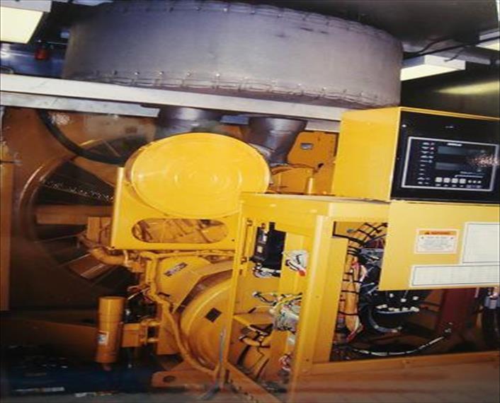 2000 Caterpillar 3508B Generator Set